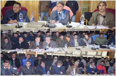 Advisor (G) visits Pulwama, takes stock of damages to horticulture, agriculture sectors