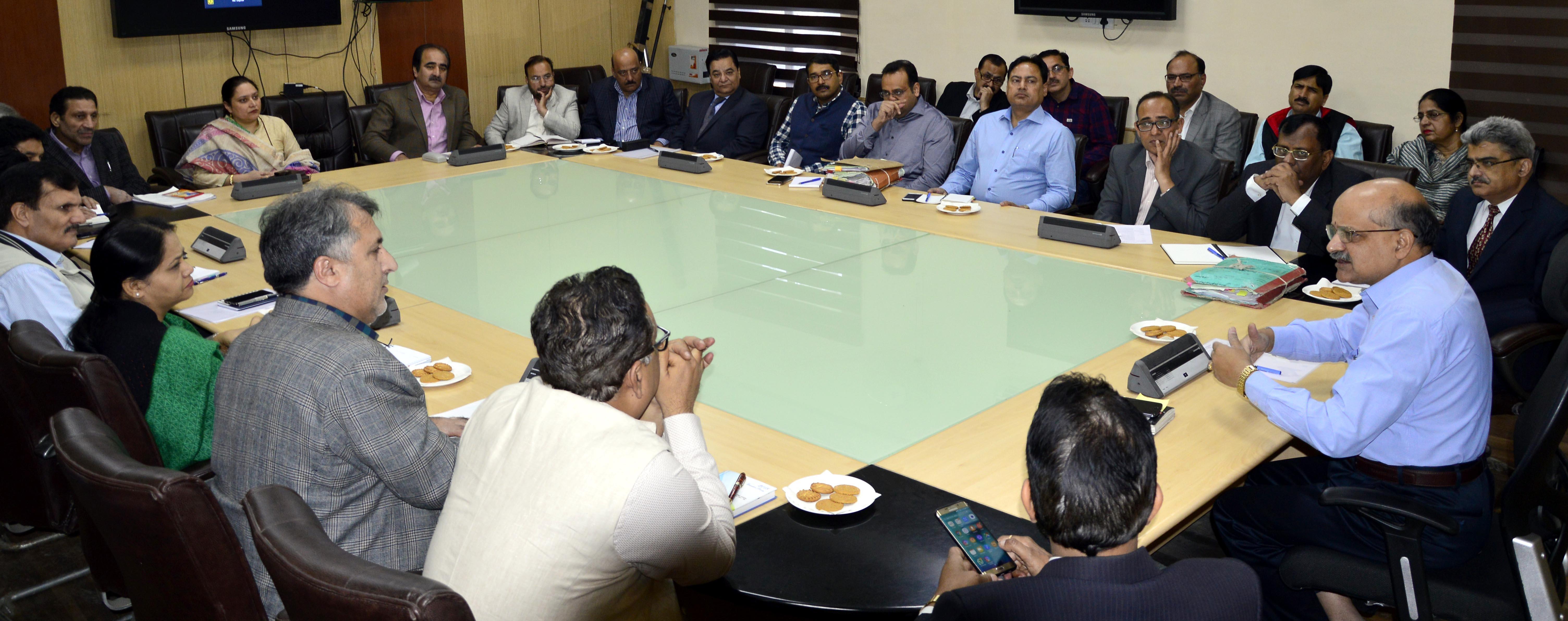 Chief Secretary addressing a meeting of administrative secretaries at civil secretariat Srinagar -Pic/Kashmir Horizon