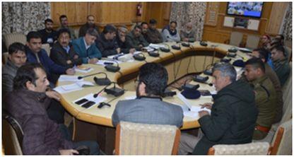 Div Com(K) takes stock of Eid-Milad-un-Nabi (SAW) arrangements in Sgr